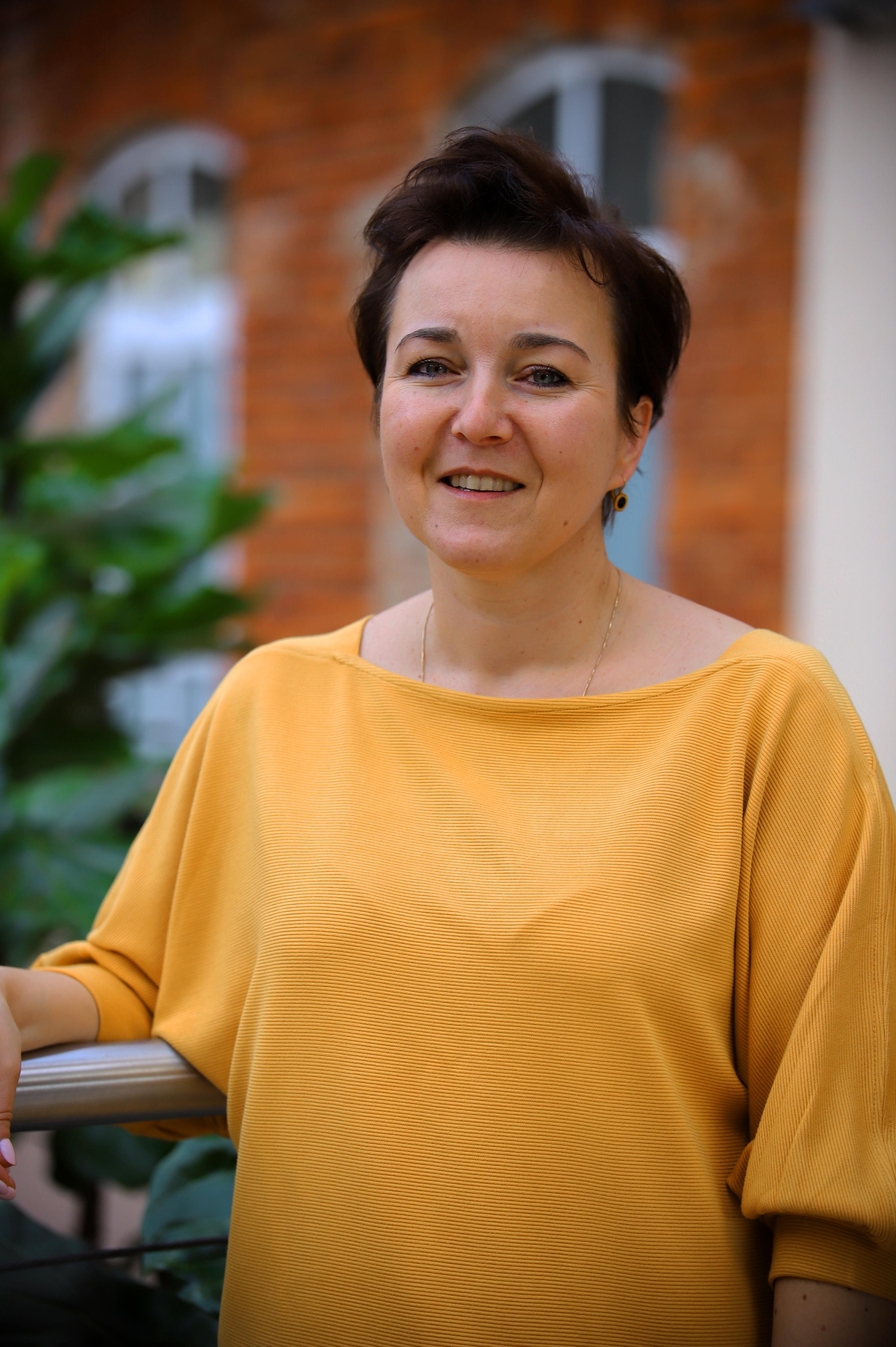 dr Anna Breś