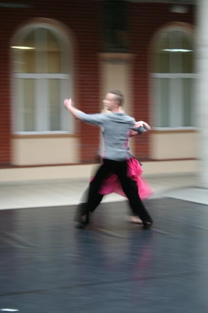 Studenci kierunku Taniec podczas występu