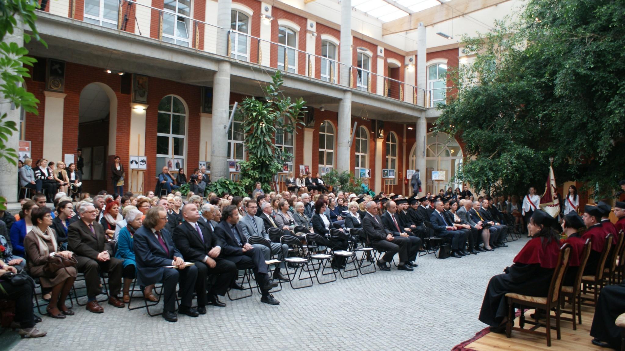 Inauguracja Roku Akademickiego - Patio 3