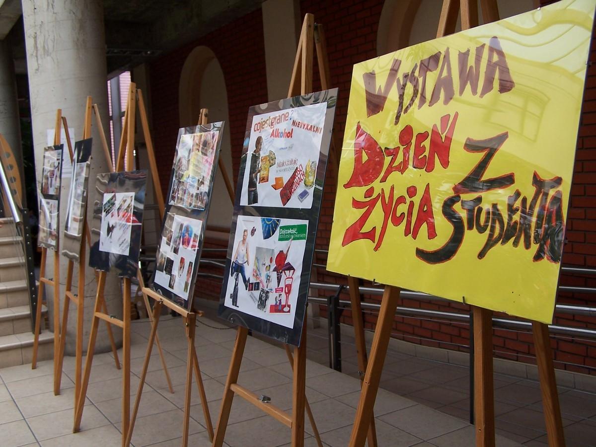AHE Juwenalia kulturoznawstwo wystawa sesja