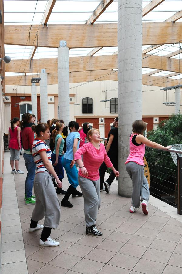 Performance studentów Tańca w AHE w Łodzi