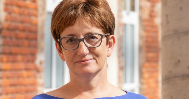 Dr Beata Barwińska odznaczona honorowa odznaką
