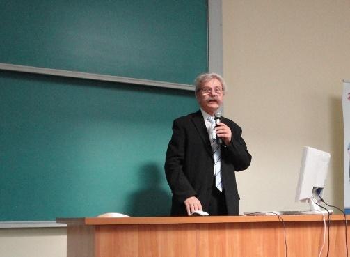 prof. dr hab. Czesław  Noworol